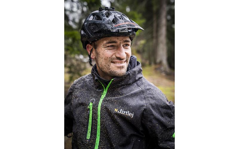 Laax Flims Regenbiken Claudio Caluori Porträt