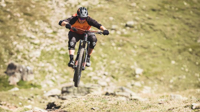 Supertrail Rides Nevin Galmarini Scuol
