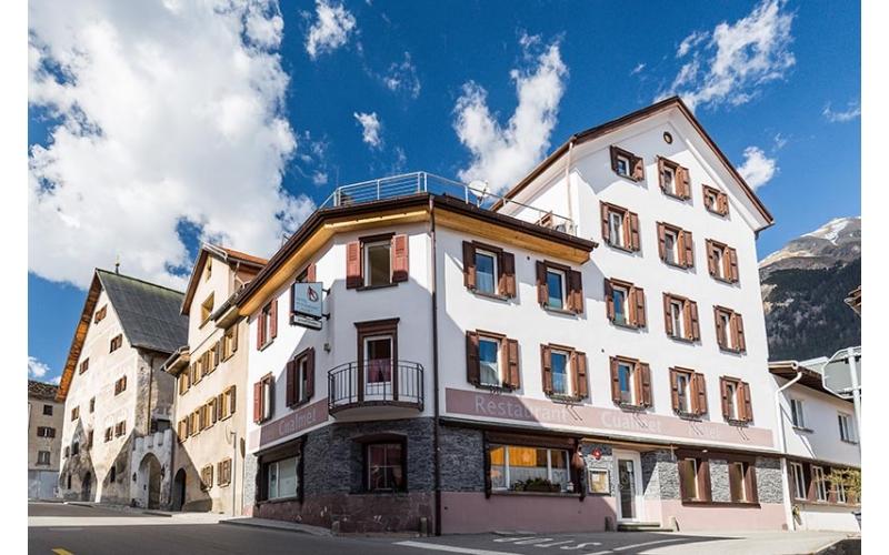 Hotel Cualmet Lantsch