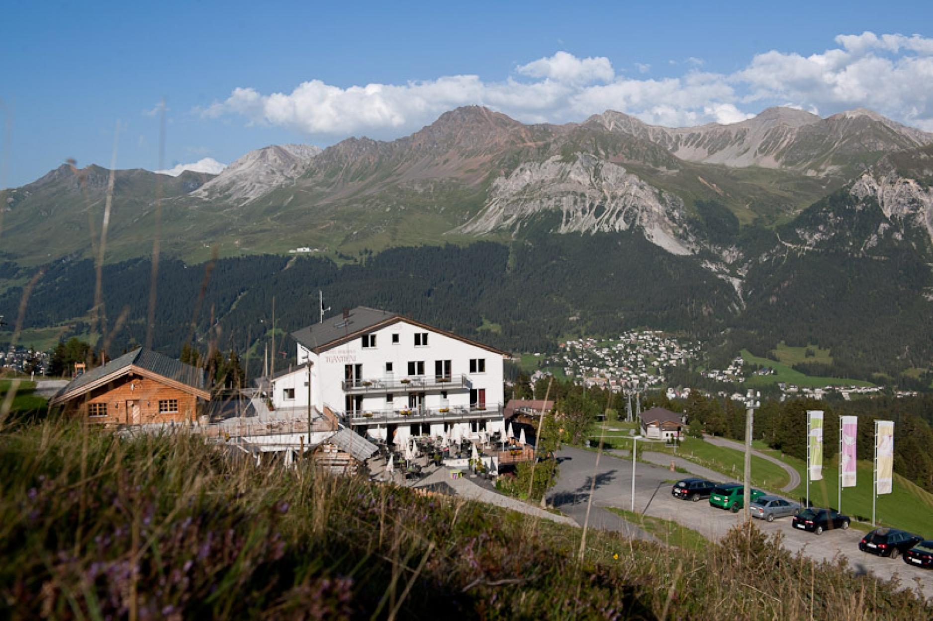 Hotel Tgantieni