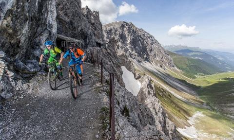 Felsenweg Steinschlag Sperre 2018