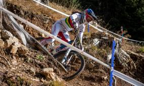 Balanche und Weber holen Gold an Downhill SM Lenzerheide 2020