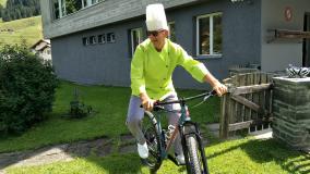 Yorg Glauser Koch Hotel Alpina Parpan Bike-Hotel