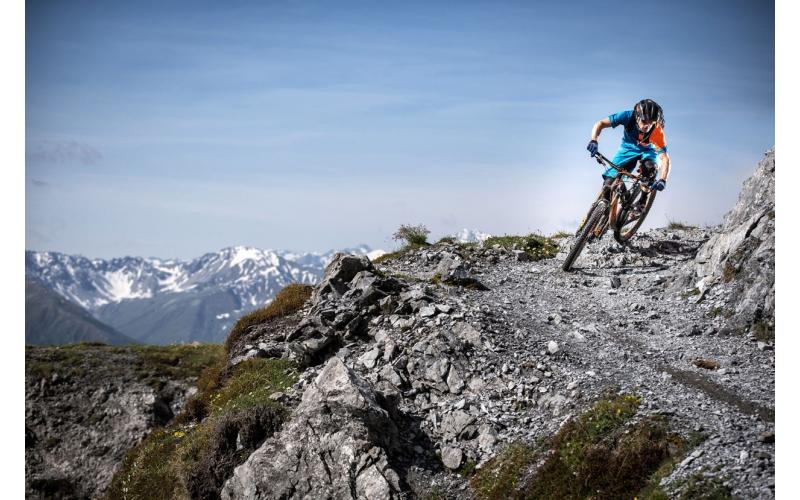 Singletrail auf Parsenn auf der Bahnentour Davos Klosters