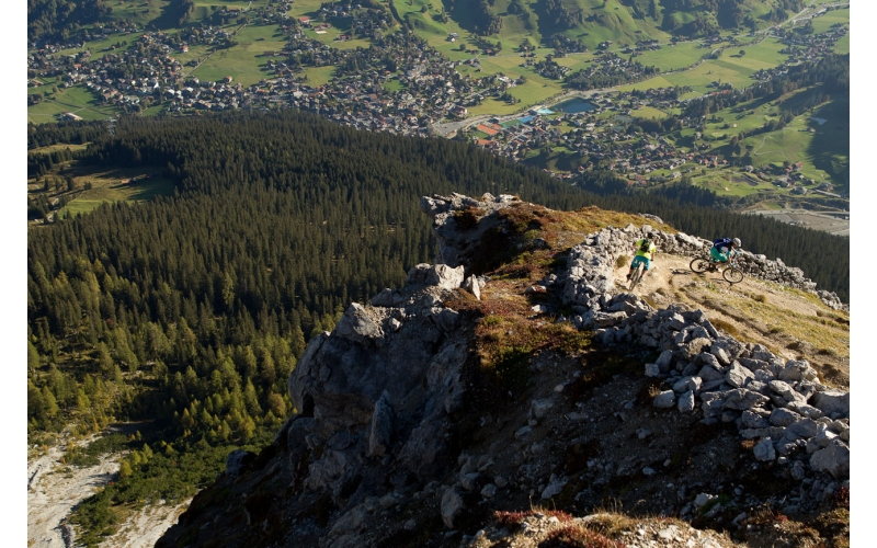 Abfahrt in Richtung Klosters auf der Bahnentour Davos Klosters